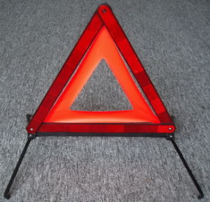 Reflective Warning Triangle Traffic Sign (JMC200L) pictures & photos