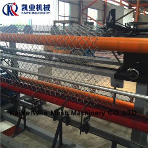 Chain Link Fence Machine /Diamond Wire Mesh Machine pictures & photos