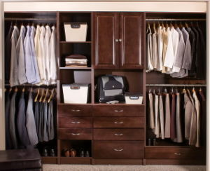 Brown Color Wooden Wardrobe (Bedroom Furniture) pictures & photos
