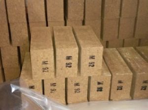 Burned Magnesia Bricks, Refractory Bricks, Magnesia Bricks pictures & photos