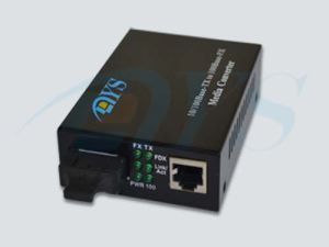 10/1000m Single Fiber Optic Media Converter pictures & photos