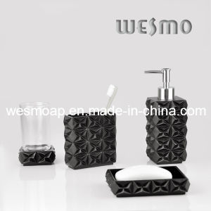 Imitated Wood Carving Polyresin Bath Set (WBP0287A) pictures & photos