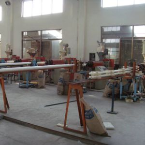 Low Energy Consumption PA Nylon Rod Plastic Extrusion Machine pictures & photos