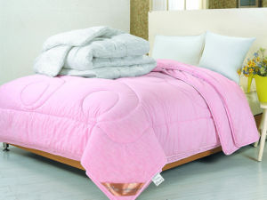 Pink Colour Cotton Quilting Comforter