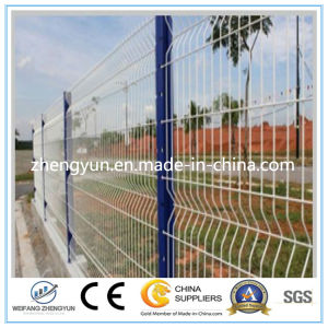 China Manufacturer PVC Powder Coated Steel Welded Wire Mesh Fence pictures & photos