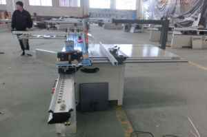 Woodworking Machinery Digital Panel Saw for Making Furniture pictures & photos