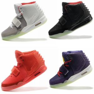 Yeezy 2 Shoes Nrg II Top Sneaker Grey Red Black Men Footwear Us8 Us8.5 Us9.5 Us10 Us11 Us12 Us13 Accept Wholesale and Retail or Mix Order