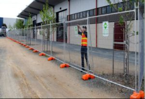 China Wholesale Welded Temporary Fence/Australia Construction Temporary Fence pictures & photos