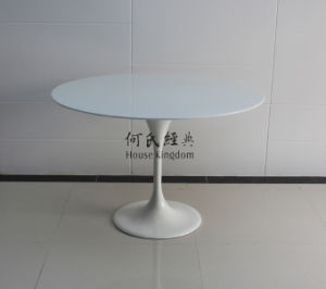 Inspired Designer Eero Saarinen Tulip Table pictures & photos