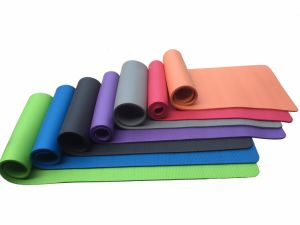Wholesale High Quality Customzied Natural Rubber Bamboo Yoga Mats pictures & photos