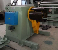 Manufacturer! High Quality Hydraulic Decoiler for Narrow and Wide Coils pictures & photos
