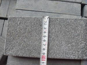 Cheap Black G684 Granite Kerbstone pictures & photos
