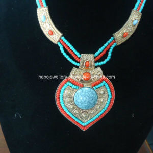Bohemia Style Glass Beads with Turquoise Stone Necklace (XJW13361) pictures & photos