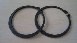 DIN472 Retaining Rings for Bores (Internal) , Circlips (DIN472X32)