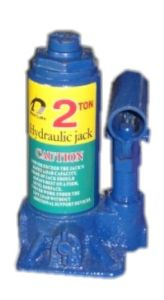 2 Ton Oil Bottle Hand Jack pictures & photos