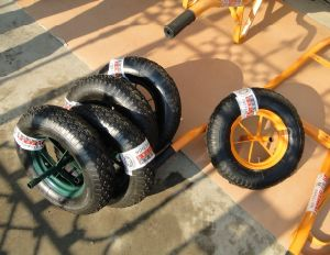 Wheel Barrow Air Wheel Cross Pattern pictures & photos