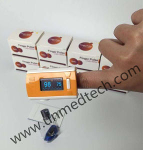Hot - OLED Fingertip Pulse Oximeter with Big Beep Voice pictures & photos