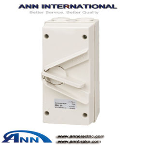 IP65 Ukn Series Enclosed Isolator, Switch Soket pictures & photos