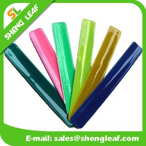 Hotselling Custom PVC Slap Reflective PVC Hand Band pictures & photos