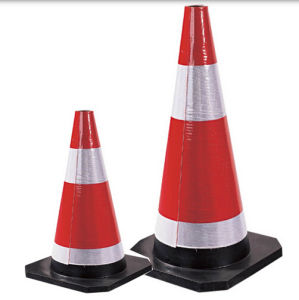 700mm Red Industrial Rubber Traffic Cone with Black Base pictures & photos