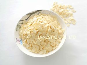 Garlic Flake pictures & photos