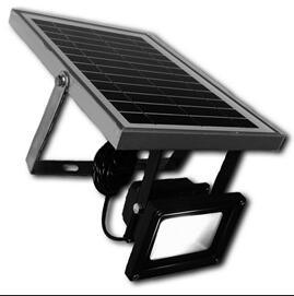 Outdoor Solar LED Floodlights with PIR Motion Sensor Security pictures & photos