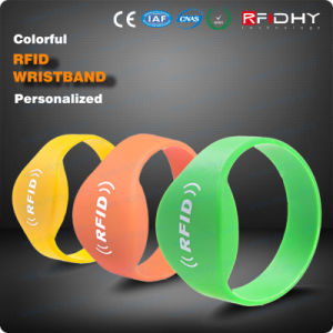 MIFARE DESFire D21 D41 D81 Re-Writable RFID Bracelet Wristbands pictures & photos