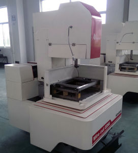 CNC Wire Cutting Machine with Servo Motor Control pictures & photos