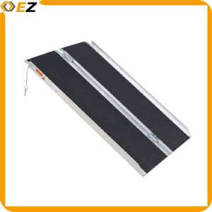 Folded Aluminum Loading Wheelchair Ramp pictures & photos
