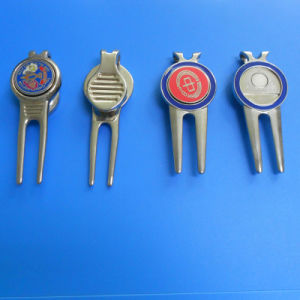 1 Set of Gift for Golf Divot Tool and Hat Clip pictures & photos
