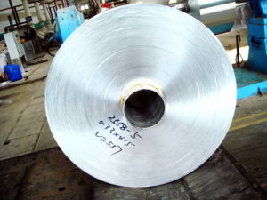 Aluminum Foil Jumbo Roll for Household with 0.012X295mm 25000m Leghth pictures & photos