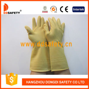 Ddsafety 2017 Yellow Latex Glove pictures & photos