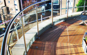 Deck Glass Railing / Curved Glass Rails pictures & photos