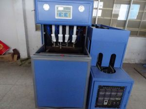 4 Cavity Semi Automatic Plastic Blowing Machine pictures & photos