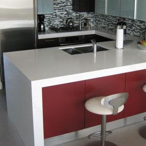 Wholesale Custom Made Quartz Countertop for Kitchen pictures & photos