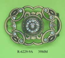 Hot Selling Fashion Zinc Alloy Belt Hardware Metal Lady′s Buckle pictures & photos