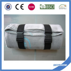 100% Polyester Promotional Comfortable Travel Polar Fleece Blanket with Handle pictures & photos