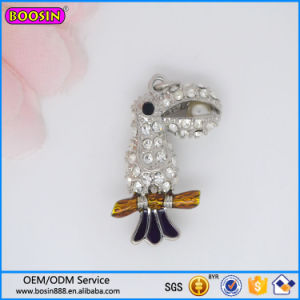 Alibaba Hot Sale Crystal Birds Charm, Rhinestone Parrot Charm #17083 pictures & photos