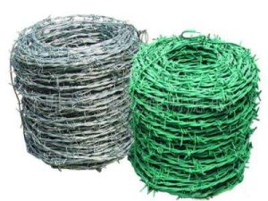 Barbed Wire Used for Field Fence in Military and Prison pictures & photos