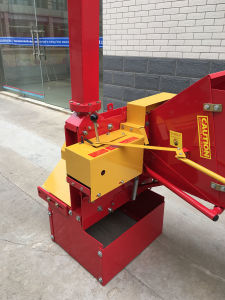 The Wood Chipper Shredder with Tractor Pto Shaft pictures & photos