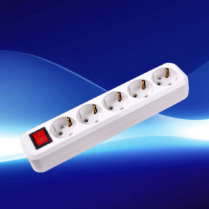 European Extension Socket with Earthing Yw5825 pictures & photos