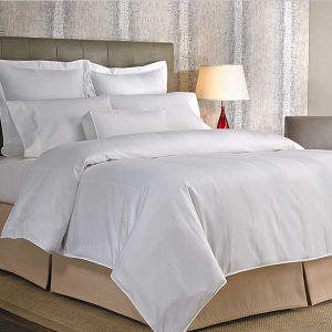 Hotel Villa Cotton White 300tc Sateen Bedding Set Hotel Quilt Cover pictures & photos