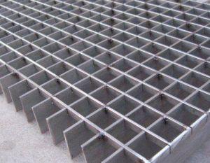Hot Sale ISO Certificate Steel Grating European Style Walking Platform pictures & photos