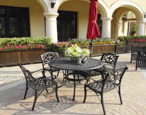 Elegant Dining Set Cast Aluminum Garden Furniture pictures & photos