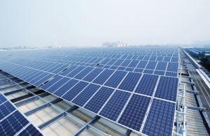 Good Quality Low Price Poly Solar Panel 250W/260W/300W/310W Solar Panel pictures & photos
