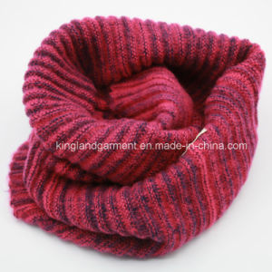 100% Acrylic Fashion Lady Gray Warp Knitted Neck Scarf pictures & photos