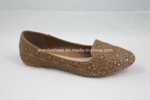 Diamond Printed Flat Heel Ladies Shoes with Embroidery pictures & photos