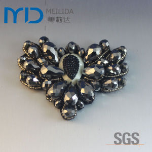 Rhinestones Bead Shoe Flowers Buckle for Woman Shoes pictures & photos