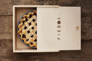 Solid Wood Pie Box Food Storage Wooden Box pictures & photos