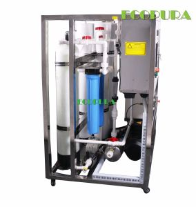 Marine Desalination Equipment / RO Sea Water Treatment Machine pictures & photos